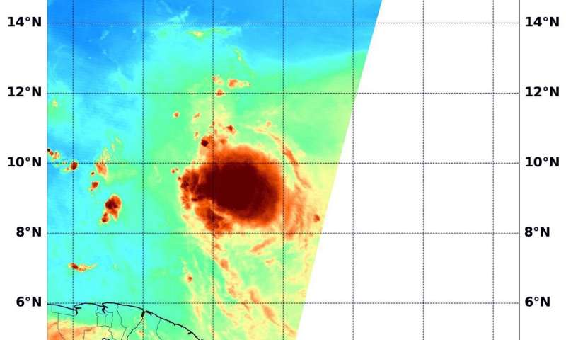 L'ouragan Douglas menace Hawaii, Hanna rétrogradé en tempête tropicale