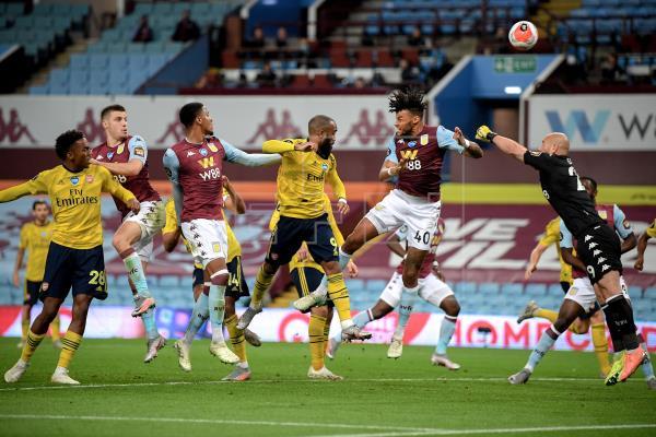 El Aston Villa mete al Watford en descenso