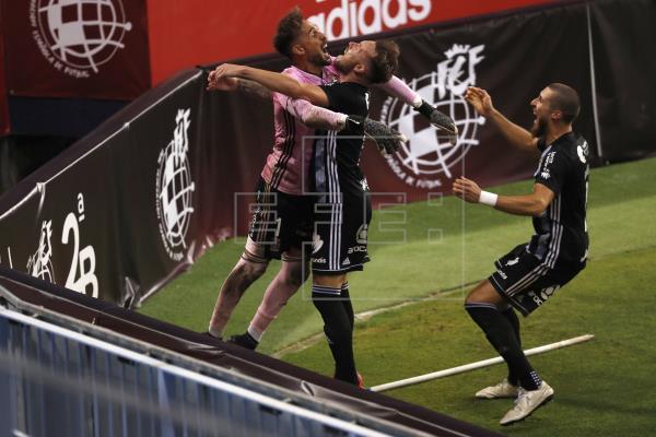 El Cartagena asciende a Segunda tras superar al At. Baleares en los penaltis