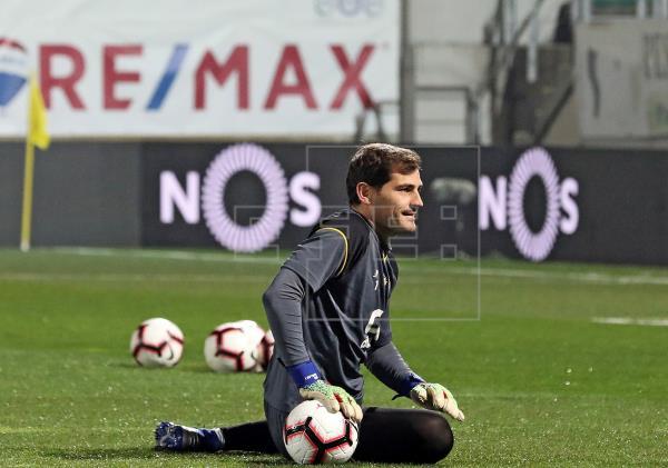 Casillas no puede jugar en el Oporto por salud y porque no tiene contrato