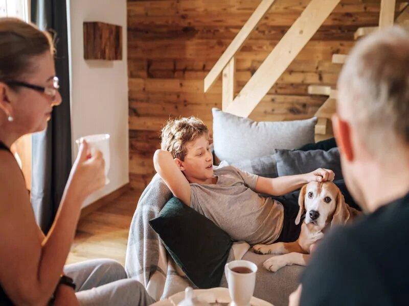 De nombreux foyers américains sont trop exigus pour arrêter la propagation du COVID-19