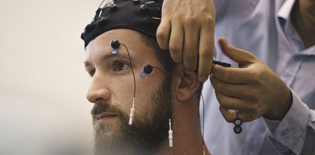 Diagnostiquer et traiter les effets neurologiques du COVID-19