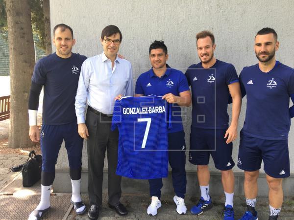 El Dinamo Tiflis rescinde el contrato con el portero español José Perales