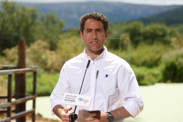 Génova hace suyo el triunfo en Galicia: Casado-Feijóo gana a Sánchez-Iglesias