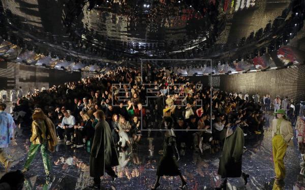 Gucci cierra la Semana de la Moda digital en Milán con 12 horas de desfile