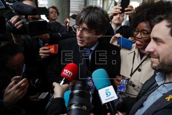 La Crida aprueba convertirse en fundación del partido de Puigdemont