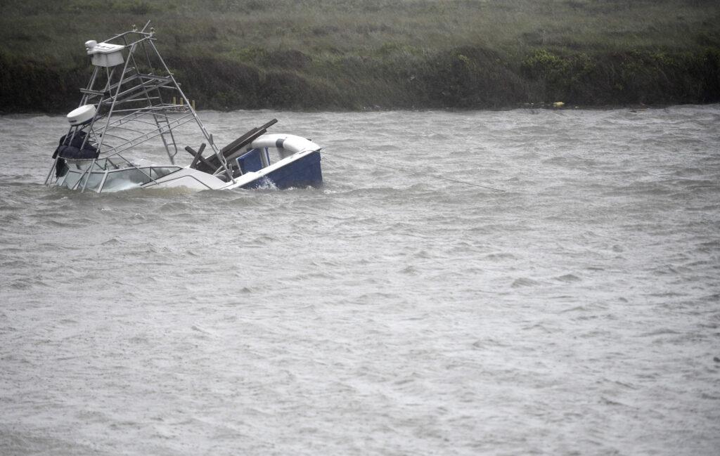 La tempête tropicale Hanna arrose le sud du Texas au milieu de la crise virale