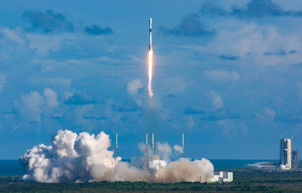 Lancement du premier satellite militaire de Corée du Sud