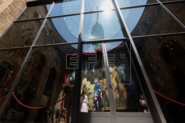El Museo Dalí abre puertas mientras busca apoyos para asegurar su futuro