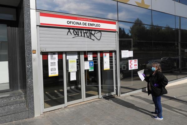 La vuelta a la actividad reduce un 38 % las prestaciones de los ERTE en junio