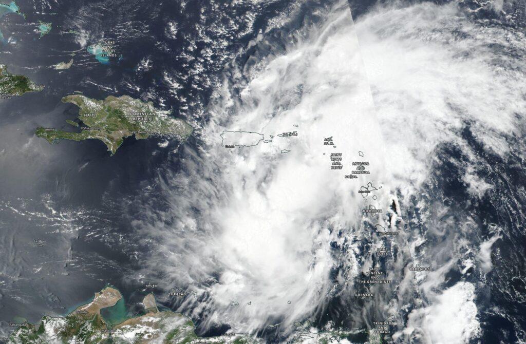 Le satellite NASA-NOAA suit le développement, les mouvements et le potentiel d'imprégnation d'Isaias