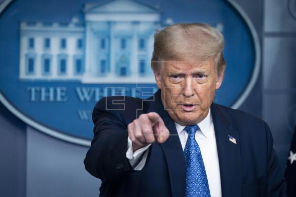 """Los demócratas critican el despliegue federal de Trump como """"truco político"""""""
