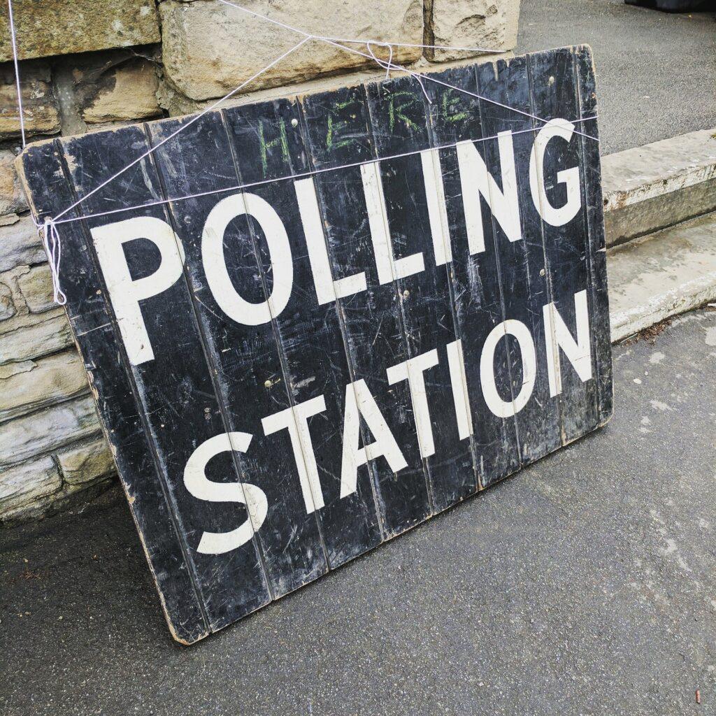 Les réformes du financement des campagnes contribuent-elles vraiment à rendre les élections plus compétitives?