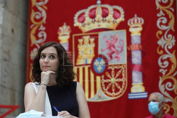 Reuniones de no más de 10 personas entra las nuevas restricciones en Madrid