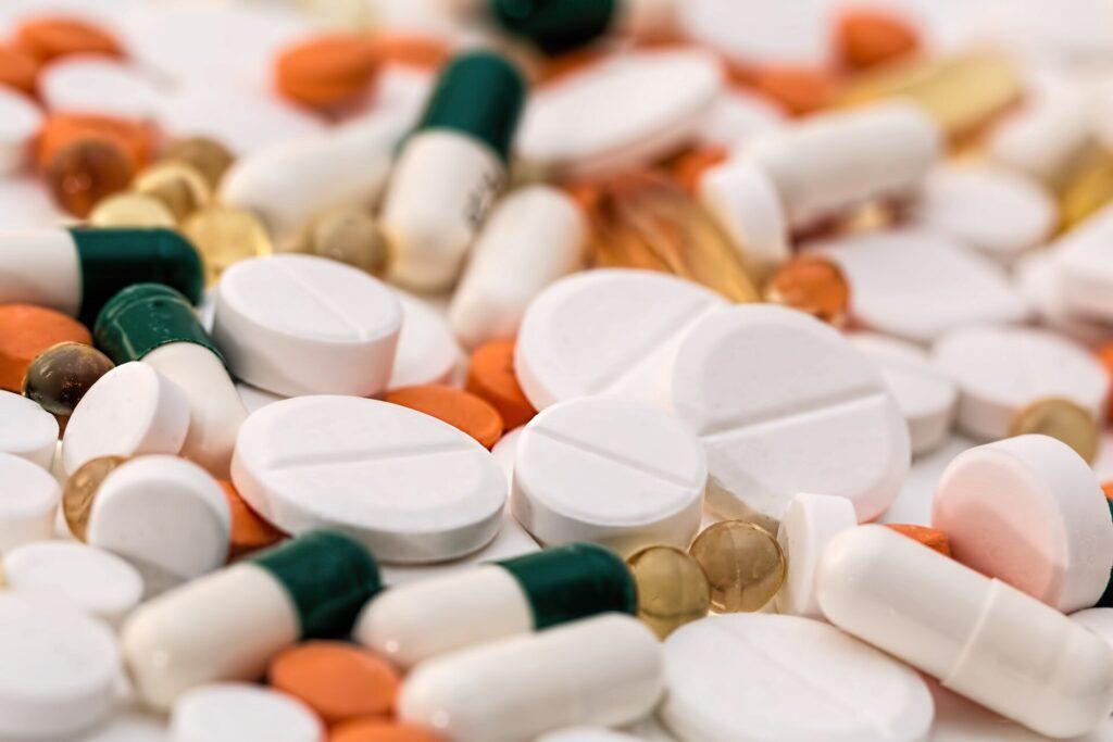 Les surdoses d'opioïdes montent en flèche face à la pandémie de COVID-19;  des médicaments plus puissants, un traitement rare mis en cause