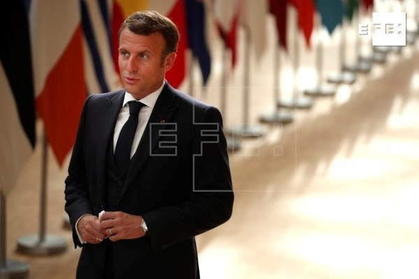 """Macron cree todavía posible un compromiso, pero asegura que no renunciará a su """"ambición europea"""""""