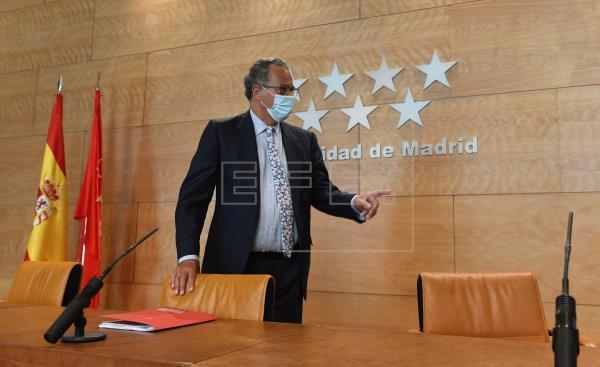 Madrid convocará oposiciones para secundaria en 2021 y para primaria en 2022