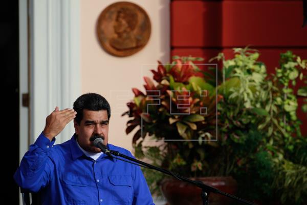 Maduro confirma una reunión con el equipo noruego que auspicia el diálogo con la oposición