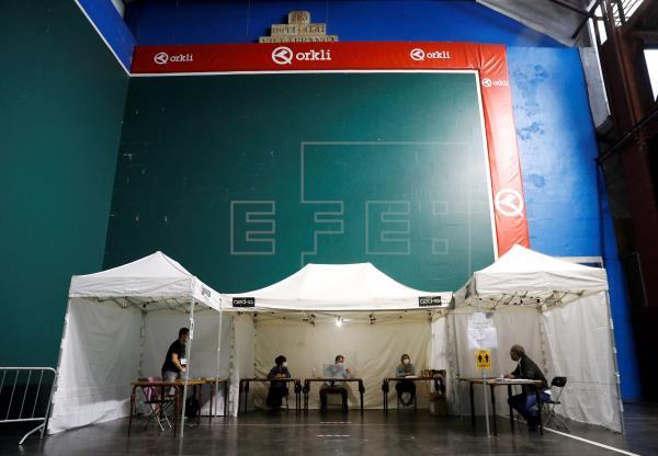 Normalidad en el arranque y la constitución de las mesas electorales vascas