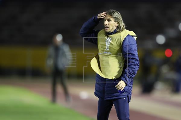 Seis jugadores de Racing Club se entrenan en la ciudad de Rosario