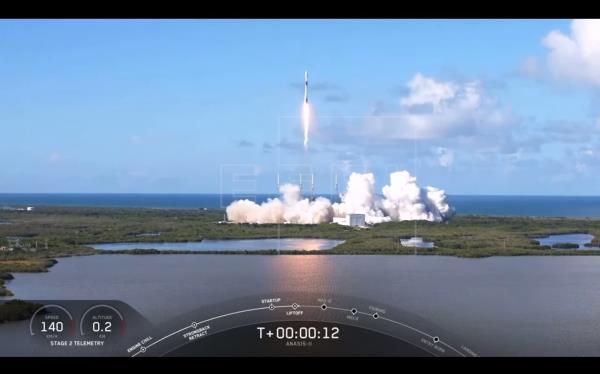 SpaceX envía al espacio el satélite Anasis 2 de Corea del Sur