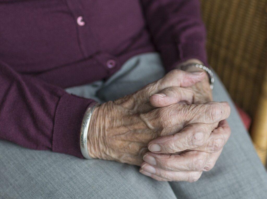 Trois approches pourraient réduire les dépenses de santé tout en améliorant les soins de fin de vie