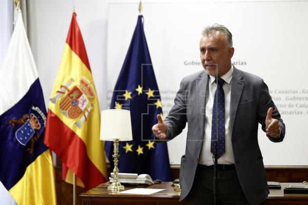 Una reunión familiar provoca el mayor brote en Canarias: 10 casos en 2 islas