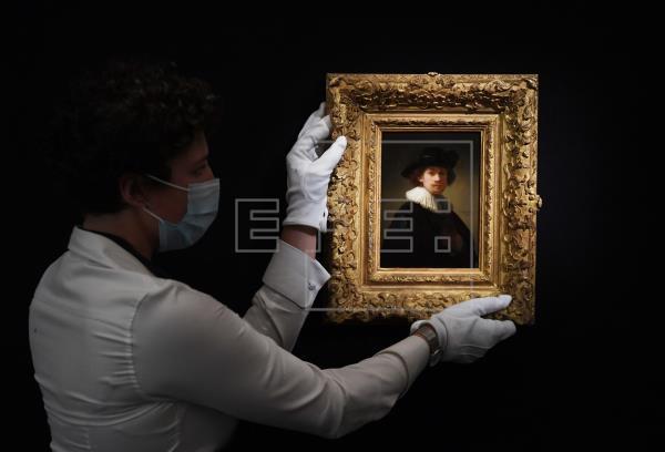Subastado un autorretrato de Rembrandt por 16 millones de euros