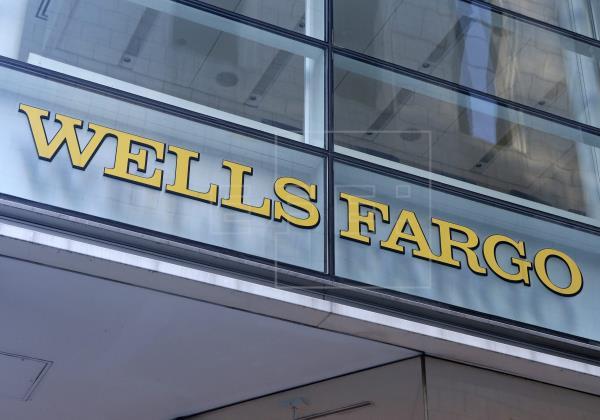 Wells Fargo registra pérdida trimestral por primera vez en más de una década